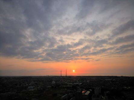 ケンチョーから見た夕日.jpg